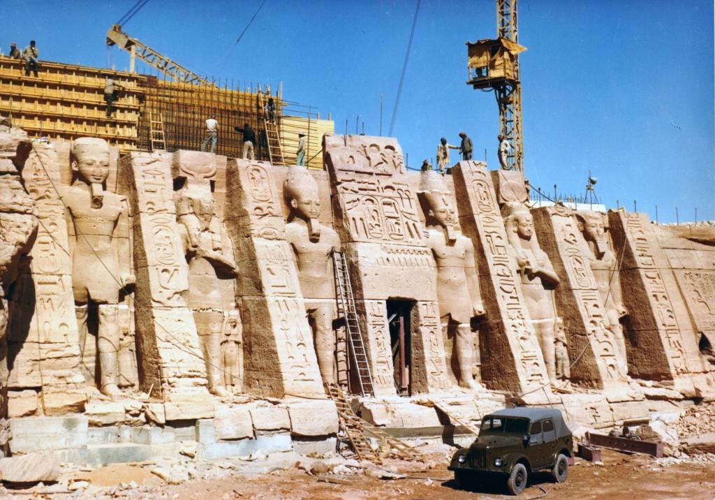 9-Tempio Regina Nefertari